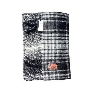 NWT COACH black/white plaid scarf